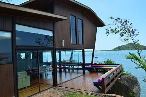 Casa em Governador Celso Ramos (SC), eleita a mais desejada do mundo no Airbnb em 2019