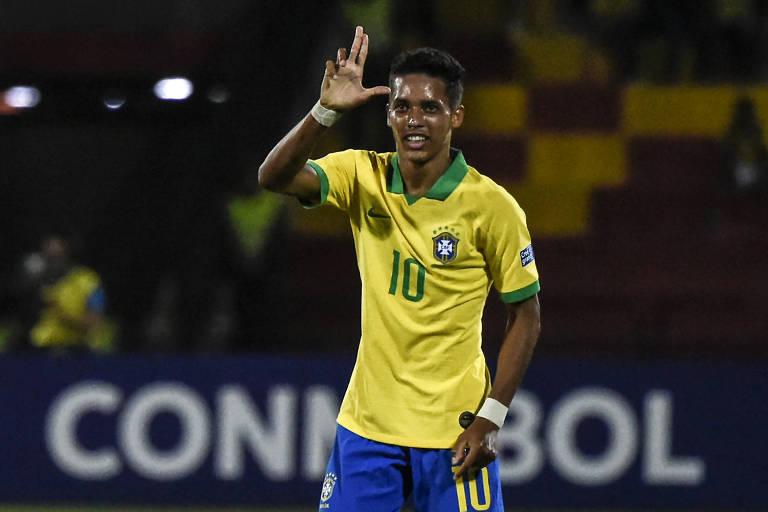 Pedrinho foi um dos destaques da seleção sub-23 na disputa do pré-Olímpico da Colômbia e é imprescindível para o Corinthians bater o Guaraní-PAR