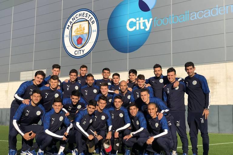 Delegação do Montevideo City Torque viajou a Manchester para conhecer a estrutura e o trabalho do City de Guardiola