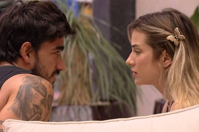 Guilherme e Gabi conversam