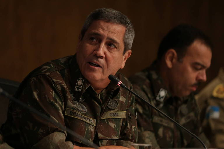 Então interventor, Braga Netto apresenta o general Richard (dir.) como secretário de Segurança do RJ