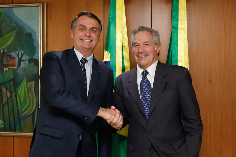 O presidente Jair Bolsonaro durante encontro com o chanceler argentino, Felipe Solá, em Brasília
