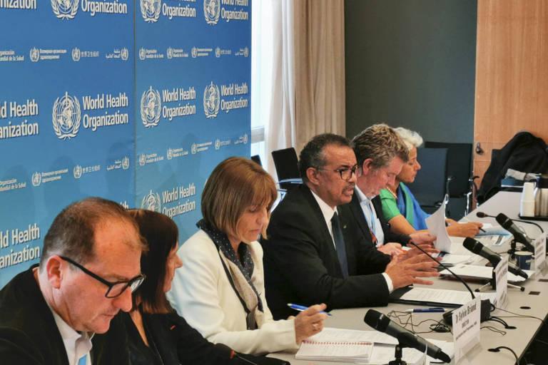 Especialistas reunidos na sede da OMS, na Suíça, discutem epidemia de coronavírus