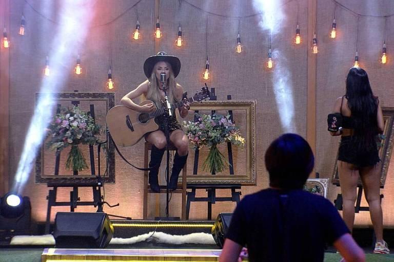 Gabi canta no BBB 20