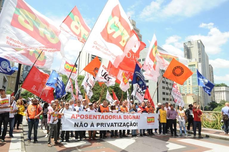 Protesto das centrais sindicais pelo INSS