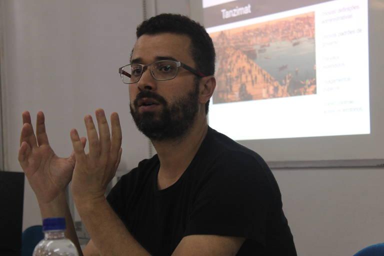 Arturo Hartmann - Doutorando no Programa de Pós-Graduação em Relações Internacionais San Tiago Dantas (Unesp, Unicamp e PUC-SP) e ex-pesquisador visitante no Instituto de Estudos Árabes e Islâmicos na Universidade de Exeter (Reino Unido)