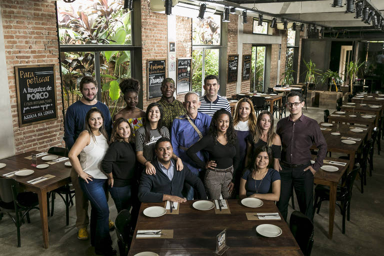 Equipe do restaurante Mangiare, na Vila Leopoldina, zona oeste de São Paulo