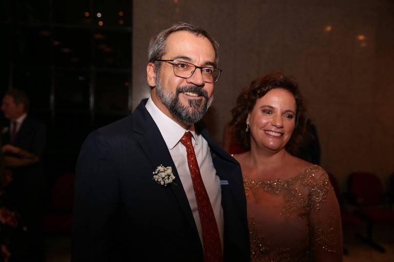 O ministro da Eduacação, Abraham Weintraub, e sua mulher, Daniela Weintraub