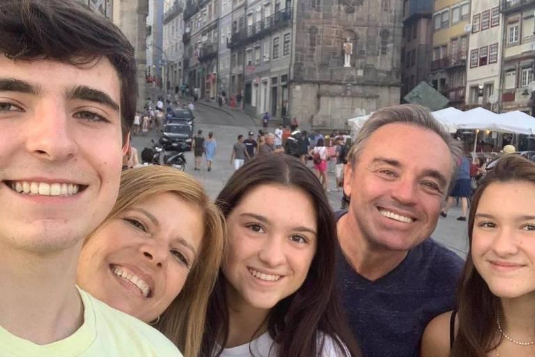 Filha de Gugu Liberato descreve a mãe, Rose, como 'a mais carinhosa do mundo'