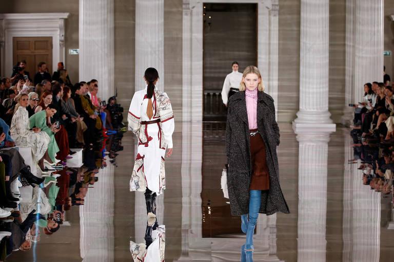 Confira a coleção de Victoria Beckham exibida na Semana de Moda de Londres 2020