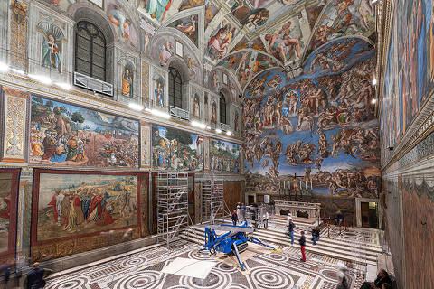 A tapestry designed by Renaissance artist Raphael is installed on a lower wall of the Sistine Chapel at the Vatican as part of celebrations marking the 500th anniversary of his death in this handout photo released on February 17, 2020. Governatorato SCV © Direzione dei Musei/Handout via REUTERS ATTENTION EDITORS - THIS IMAGE HAS BEEN SUPPLIED BY A THIRD PARTY. MANDATORY CREDIT. FOR USE ONLY WITH REPORTING ON THE RAPHAEL TAPESTRIES ON DISPLAY IN SISTINE CHAPEL. NO STAND-ALONE USES. NO RESALES. NO ARCHIVES ORG XMIT: GMA107