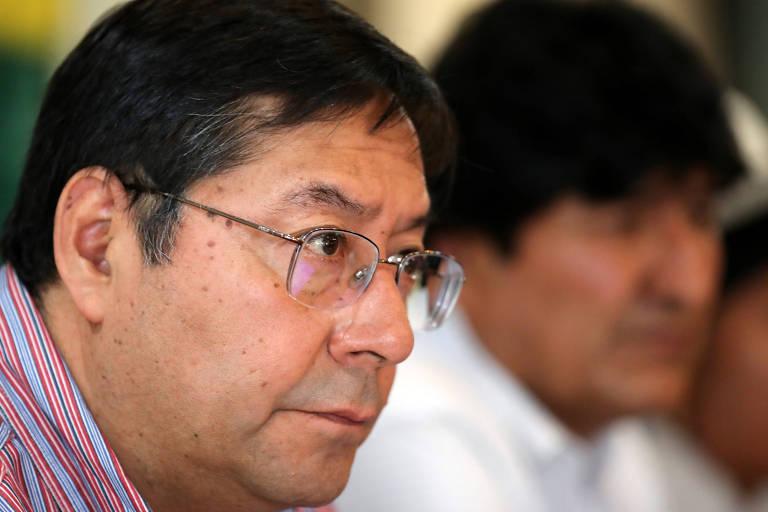 O candidato do MAS à Presidência da Bolívia, Luis Arce, participa de encontro com Evo Morales em Buenos Aires