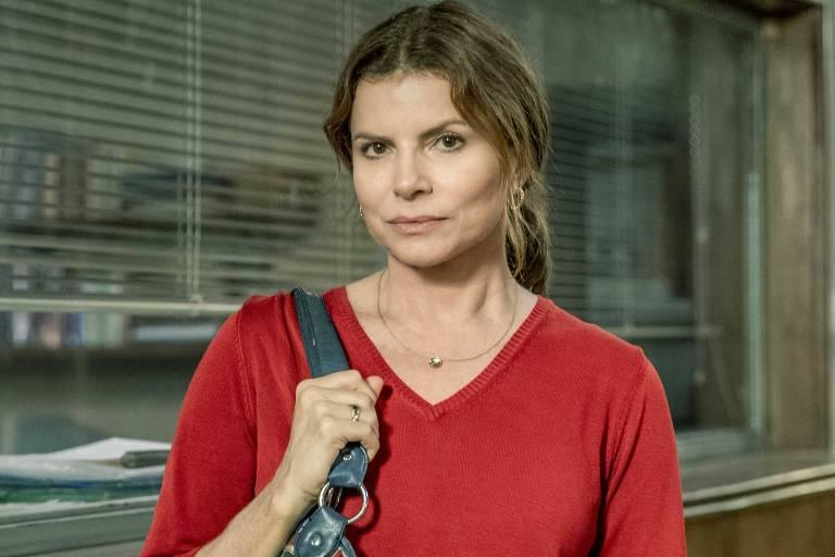 Lúcia (Debora Bloch) na segunda temporada da série Segunda Chamada