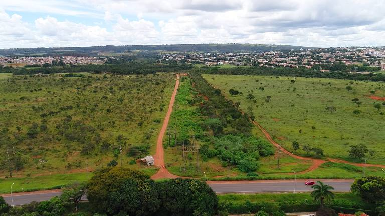 Terreno onde deve ser construído novo bairro planejado em Brasília