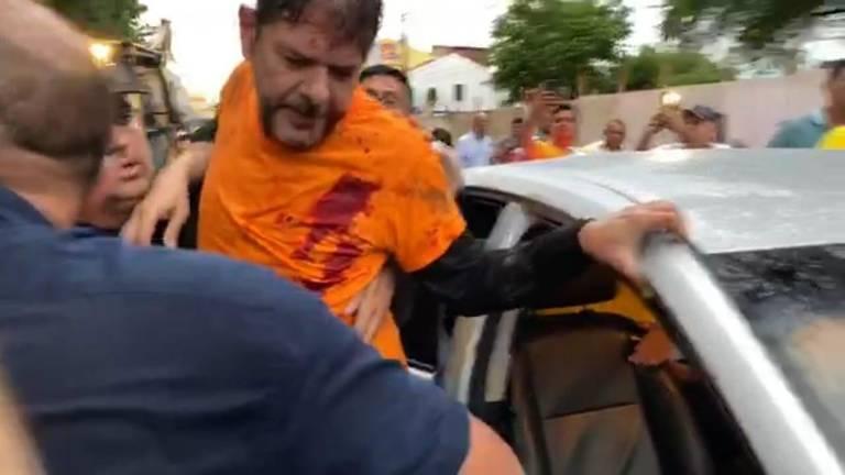 Cid Gomes é baleado no Ceará