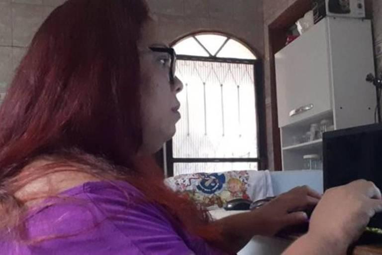 Daniele afirma que costuma passar de 12 a 14 horas por dia em busca de pessoas na internet