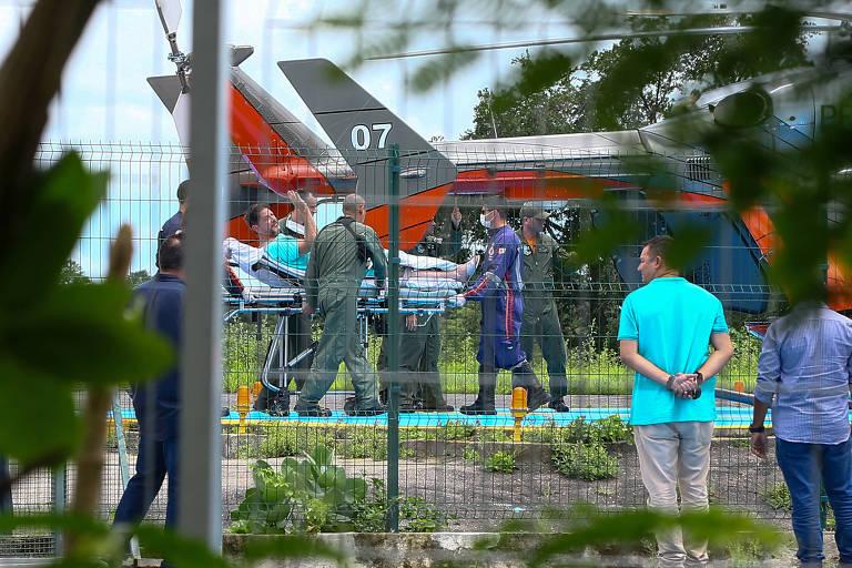 Cid Gomes é transferido para hospital de Fortaleza após ter sido baleado em manifestação de policiais no interior