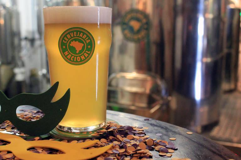 Folia American Lager, da Cervejaria Nacional