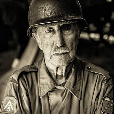Elmo Diniz, 98 anos, veterano da Força Expedicionária Brasileira (FEB), que participou da Segunda Guerra Mundial contra os nazistas