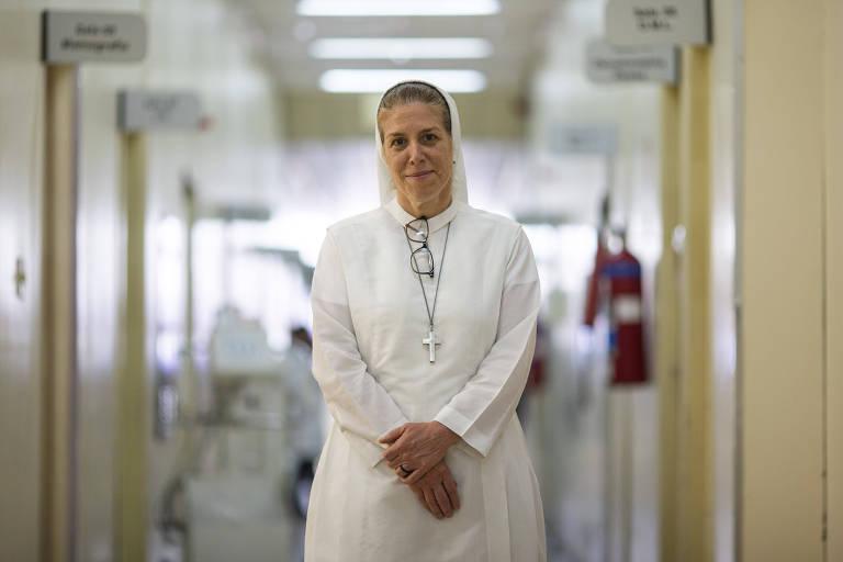 A irmã canadense Monique Bourget, missionária pioneira da saúde pública na cidade de São Paulo que, após implantar e dar andamento ao programa Saúde da Família por 25 anos em Itaquera, na zona leste, está de malas prontas para uma missão na África