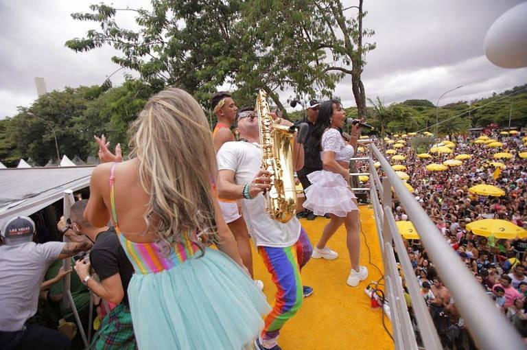 Primeiro dia do Carnaval de rua em São Paulo