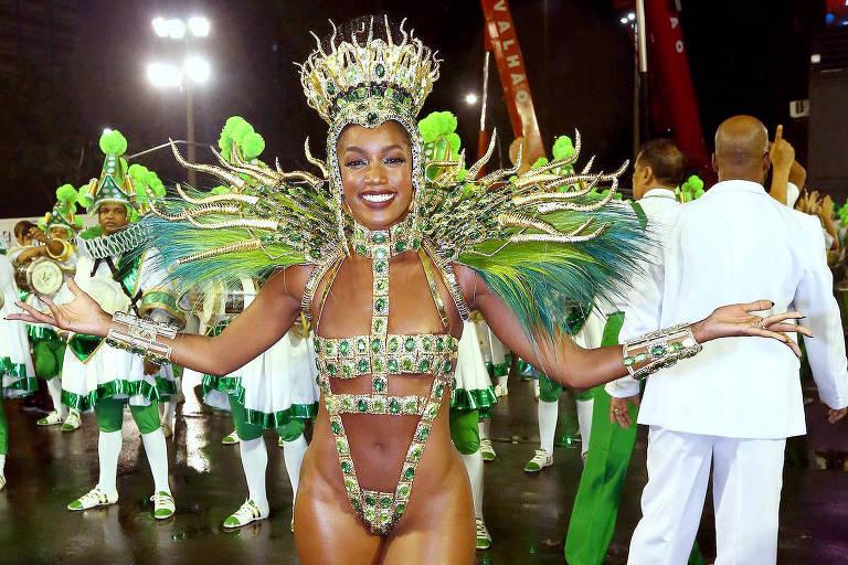 Iza desfila pela Imperatriz Leopoldinense no Rio