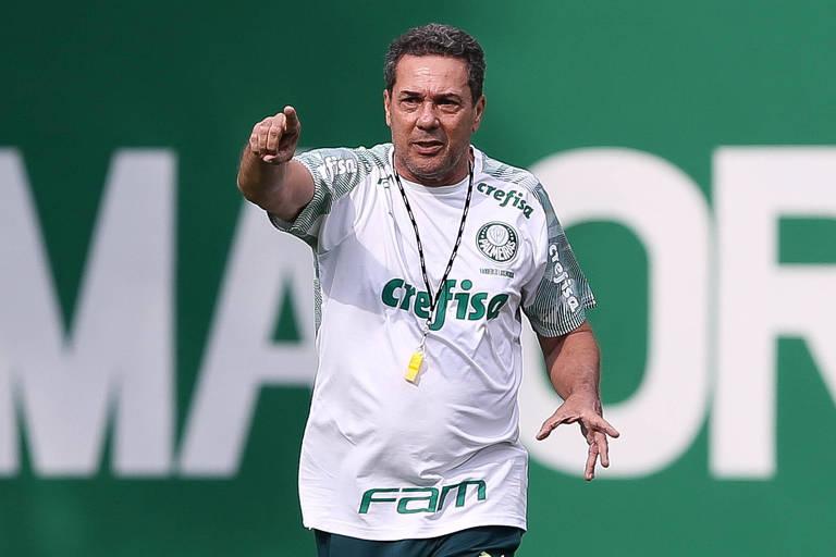 Vanderlei Luxemburgo é o técnico que fez melhor trabalho entre os quatro grandes paulistas neste começo de temporada