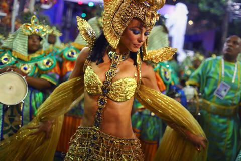 Viradouro, Grande Rio e Portela retratam raízes culturais do Brasil e se destacam