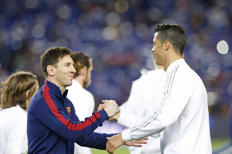 Messi e Cristiano Ronaldo antes de duelo entre Barcelona e Real Madrid, pelo Espanhol, em 2016