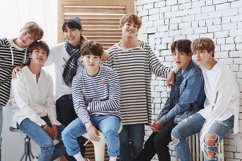 Integrantes do grupo sul-coreano de k-pop BTS - da esq. para a dir.: Rap Monster, Jin, J-Hope, Suga, V, Jungkook e Jimin ORG XMIT: ZgCpeN28q3_JlrLEHvBQ