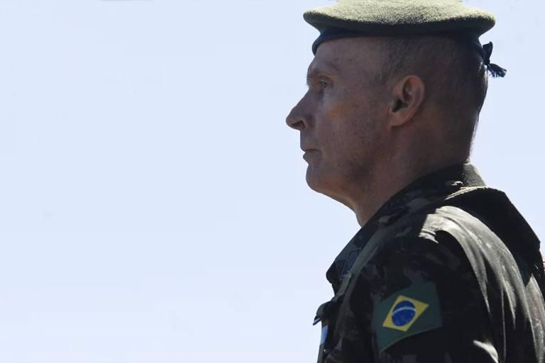 O general Gerson Menandro Garcia de Freitas em solenidade em Brasília