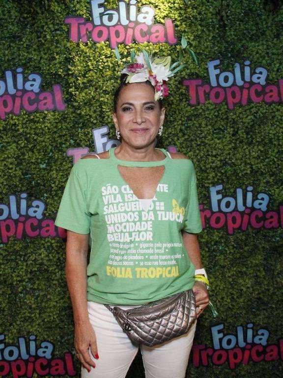 Totia Meirelles chega no camarote Folia Tropical na Sapucaí para a segunda noite de desfile do Grupo Especial