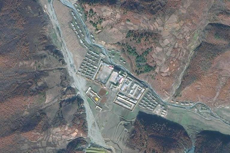 Vista aérea do campo de concentração Chongori