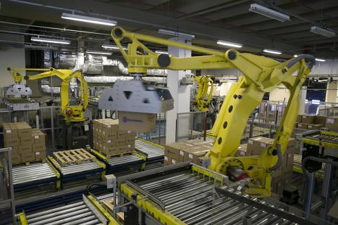 Produção de veículos faz indústria crescer em junho, mas distante de rombo da pandemia