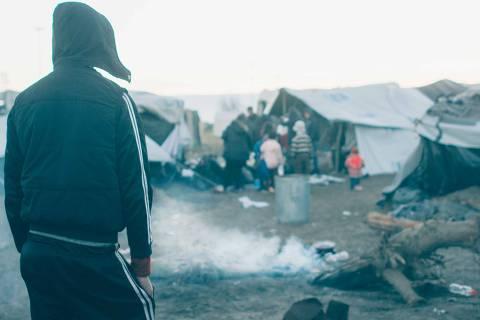 Campo de refugiados na fronteira entre Hungria e Sérvia, no fim de 2016