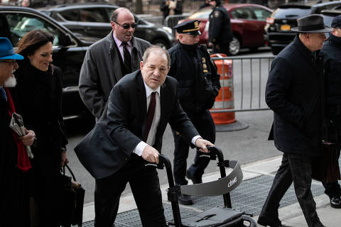 Film producer Harvey Weinstein arrives at New York Criminal Court for his sexual assault trial in the Manhattan borough of New York City, New York, U.S., February 20, 2020. REUTERS/Jeenah Moon ORG XMIT: NYK106