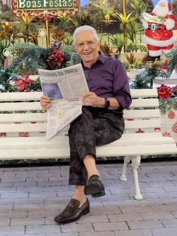 Carlos Alberto de Nóbrega inaugura decoração de Natal na Praça é Nossa