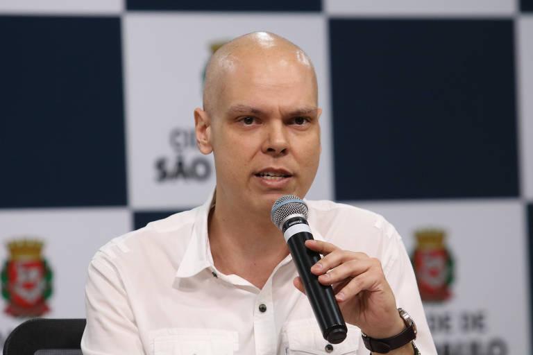 O prefeito de São Paulo, Bruno Covas, durante entrevista sobre o Corujão da Saúde