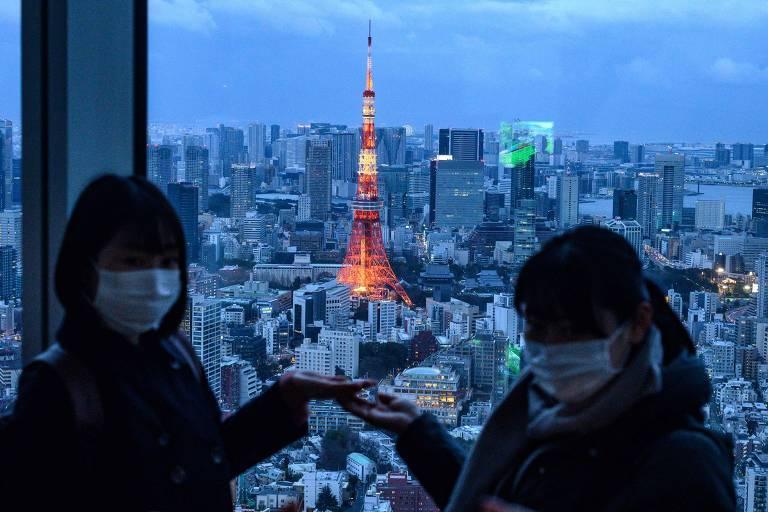 A população de Tóquio já tem se cuidado por causa do aumento dos casos de covid-19 na cidade, mas em seis meses a situação deve estar controlada