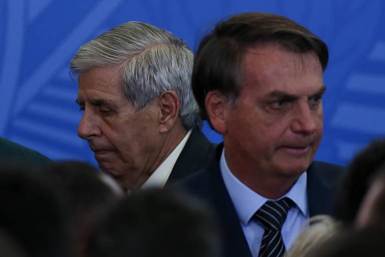 O presidente Jair Bolsonaro e o general Augusto Heleno, Augusto Heleno, do Gabinete de Segurança Institucional