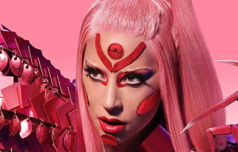 Lady Gaga no clipe 'Stupid Love'