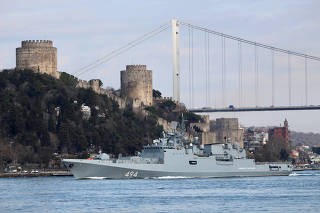 The Russian Navy's frigate Admiral Grigorovich sets sail in Istanbul's Bosphorus