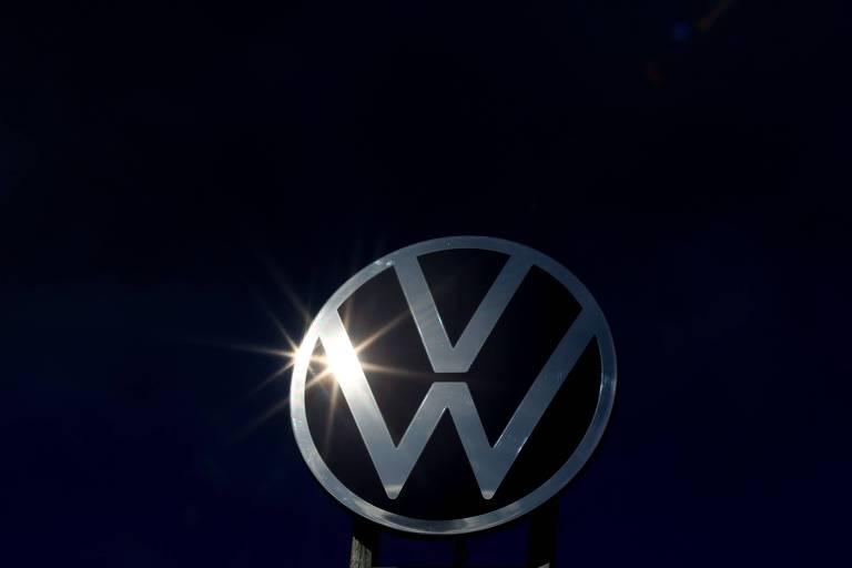 Logo da montadora alemão Volkswagen; empresa fechou acordo de R$ 4,1 bilhões para encerrar processo na Alemanha