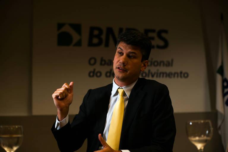 Presidente do BNDES, Gustavo Montezano, em seu gabinete, em Brasília