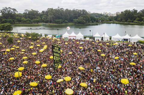 Sem a contenção do coronavírus, Carnaval 2022 pode se tornar uma péssima lembrança