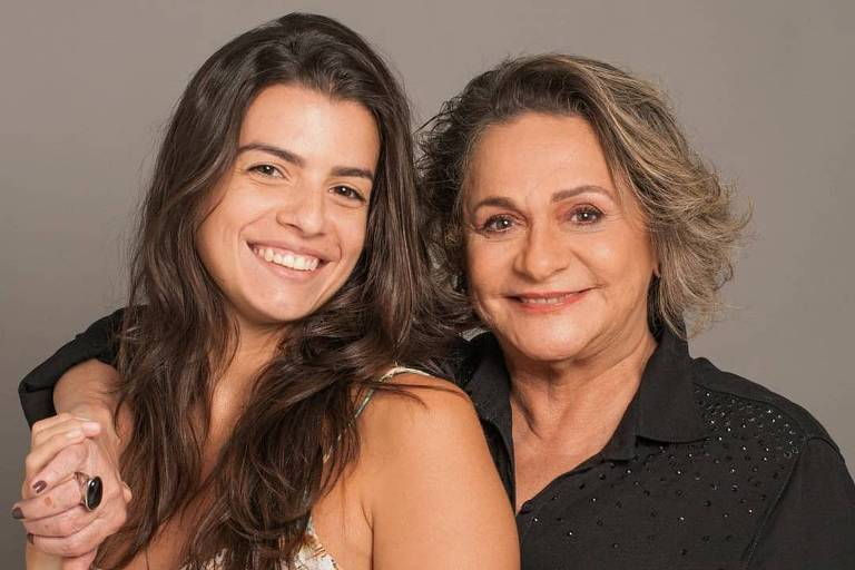 Fafy Siqueira revela namora com cantora Fernanda Lorenzoni
