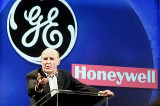 FILE PHOTO: FILE PHOTO: FILE PHOTO GENERAL ELECTRIC CHIEF WELCH.