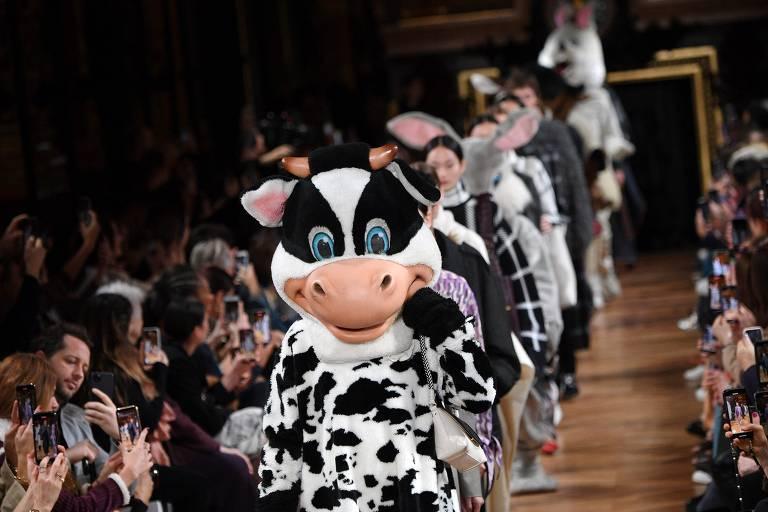 Veja fotos dos desfiles das marcas Balenciaga e Stella McCartney na Semana de Paris