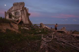 Praia do Leste, em Iguape