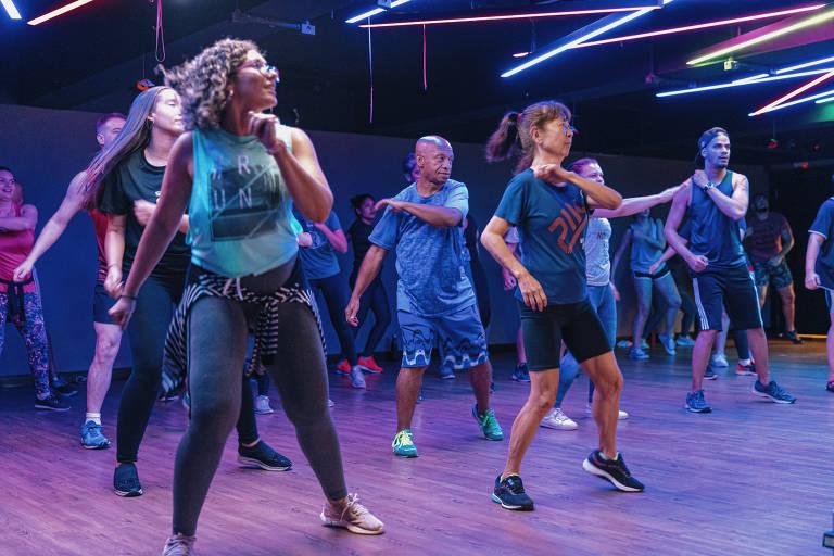 Aulas de dança em academias